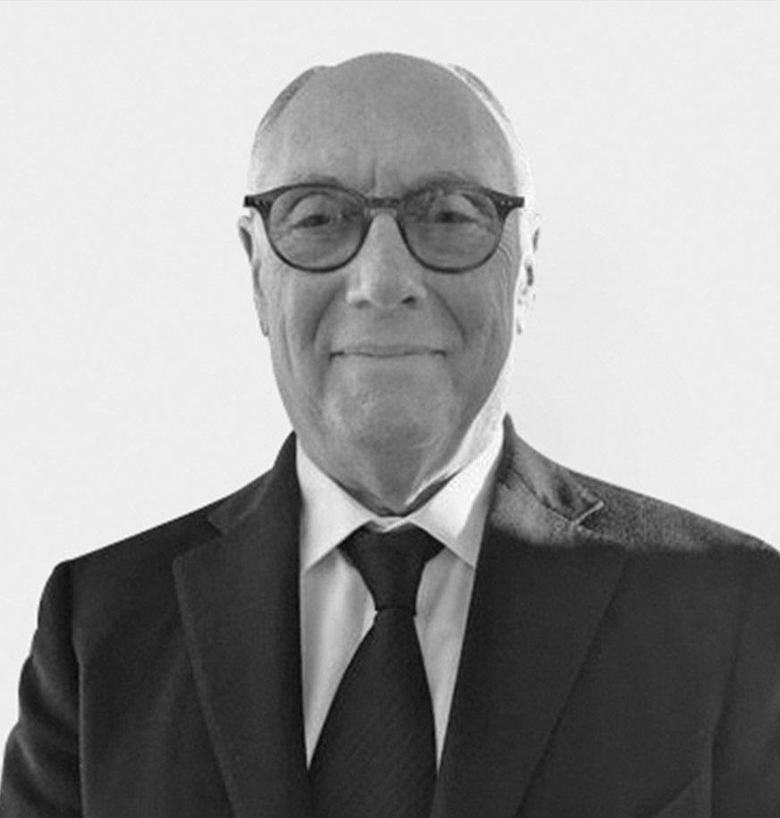 Stephen Nussdorf Headshot